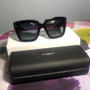 Givenchy Sunglasses Summer 2019